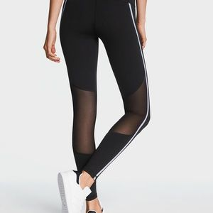 VICTORIAS SECRET SPORT BLACK MESH INSERT LEGGINGS